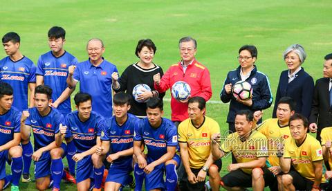 Tổng thống Hàn Quốc giao lưu U23 Việt Nam