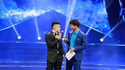 Việt Tú cầu hôn Xuân Bắc trên sóng VTV