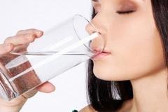 Những nguyên tắc uống nước giảm cân trong 10 ngày