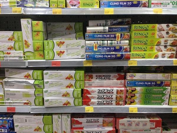 Màng bọc thực phẩm: Người bán không rõ nguồn gốc, người mua thờ ơ chất lượng