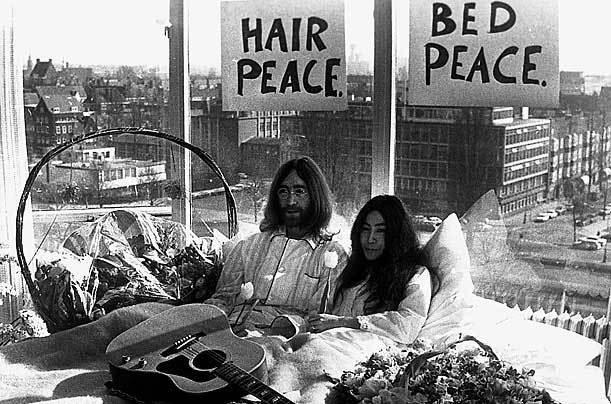John Lennon và bộ ảnh chống chiến tranh Việt Nam để đời