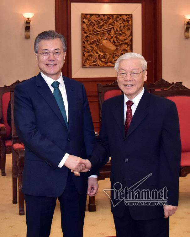 Tổng bí thư tiếp Tổng thống Hàn Quốc Moon Jae-in
