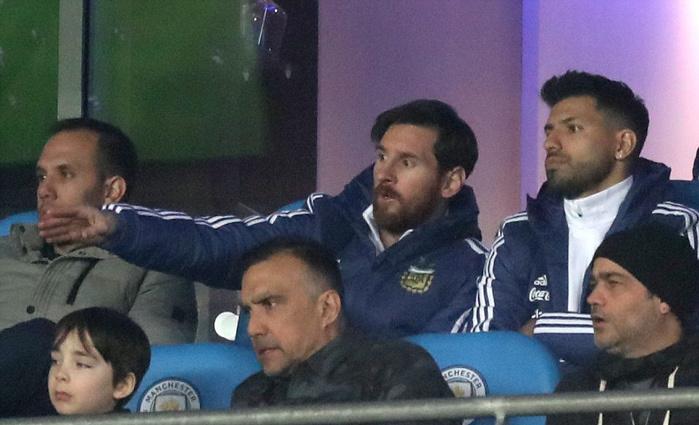 Chấp Messi, Argentina vẫn 'làm gỏi' Italia
