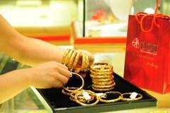 Giá vàng hôm nay 16/3: Xu hướng giảm trên toàn cầu