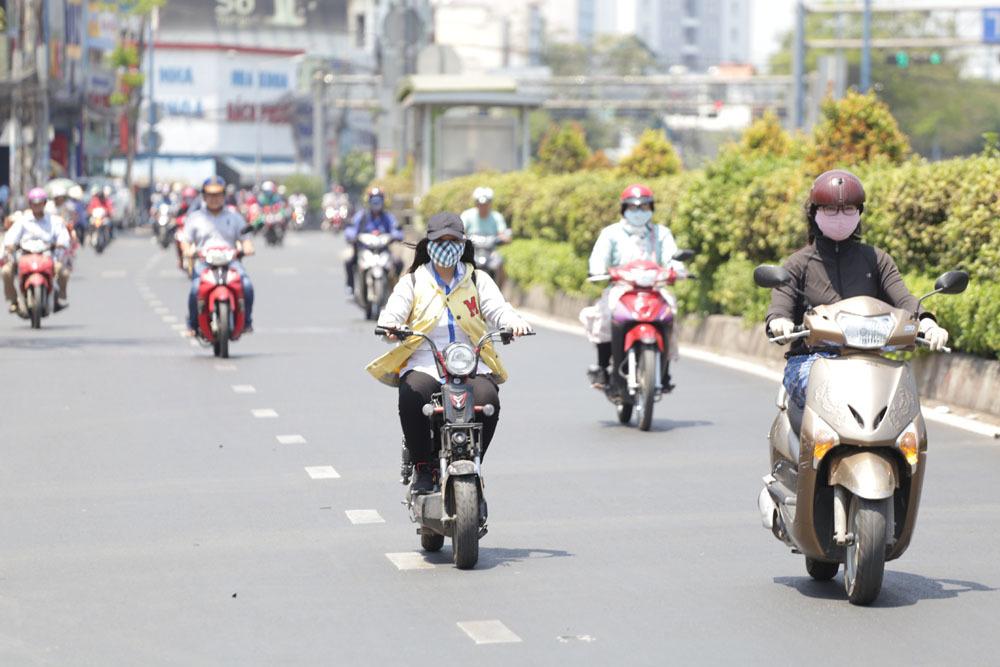 Dự báo thời tiết 25/3: Sài Gòn tăng nóng, Đà Lạt rét 14 độ