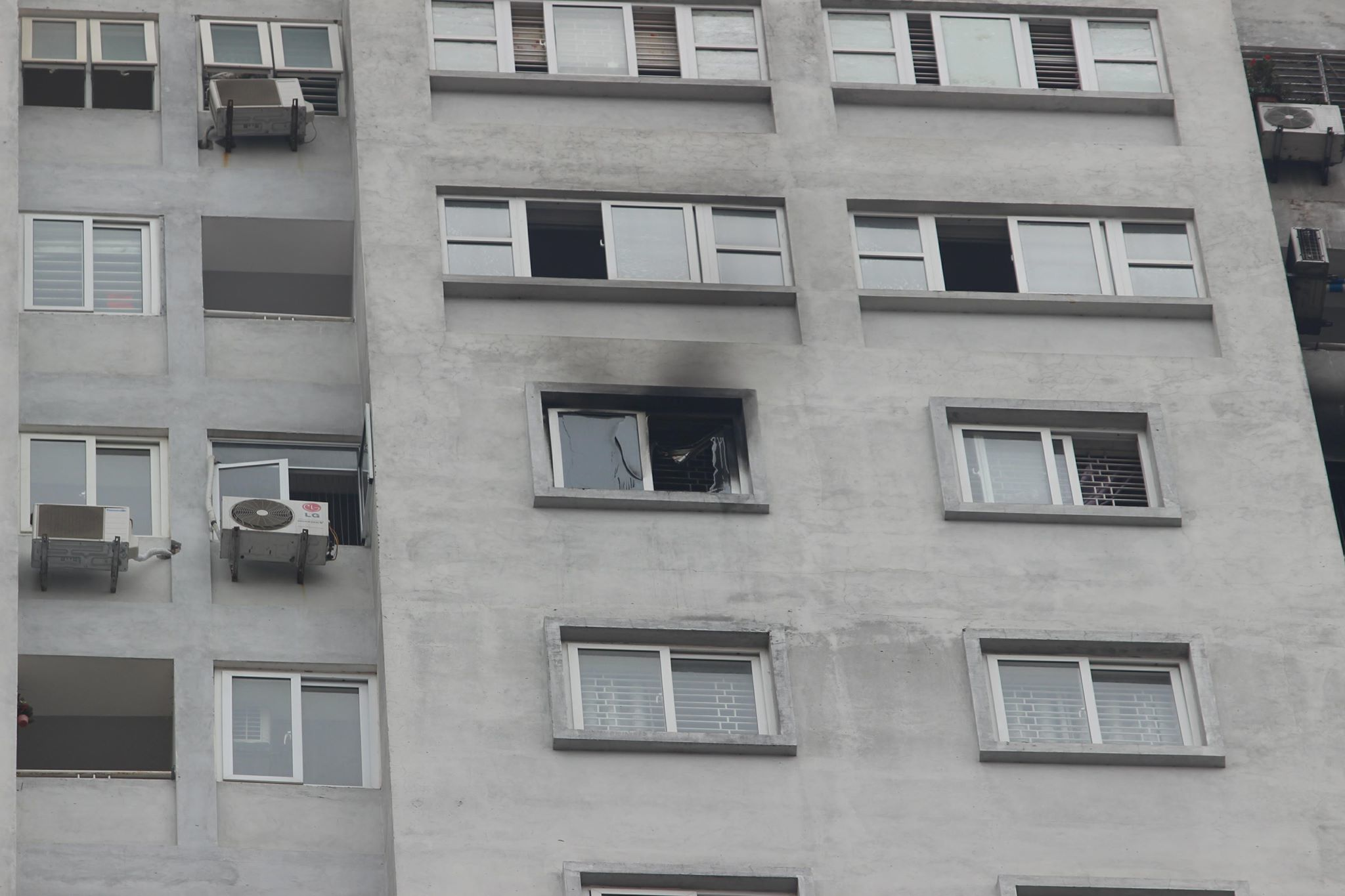 Cháy chung cư Văn Khê: Thấp thỏm vì chuông báo cháy tê liệt