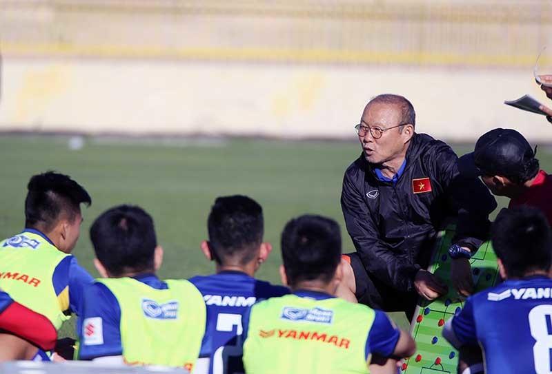 Đội tuyển Việt Nam luyện chiêu tủ, sẵn sàng chiến Jordan