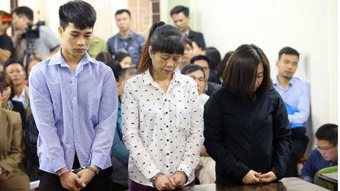 Cháy quán karaoke 13 người chết: Bị cáo nức nở xin lỗi