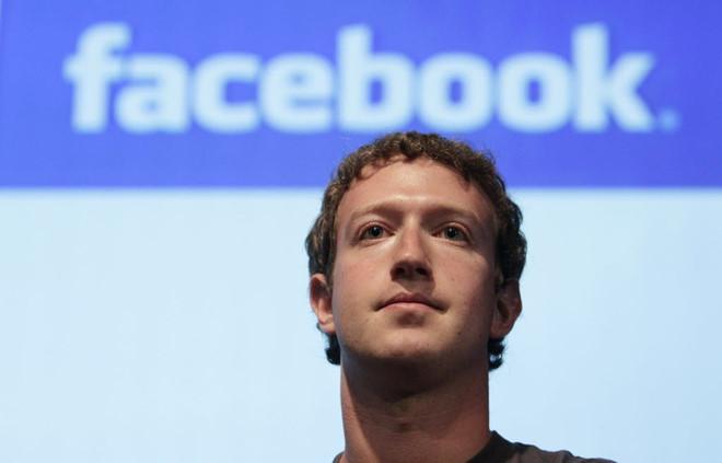 Mỹ tuyên bố điều tra vụ bê bối thông tin, cổ phiếu Facebook lao dốc