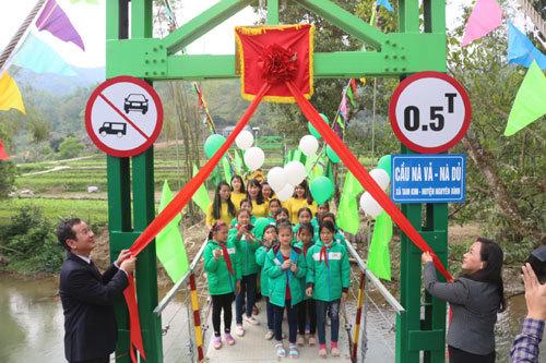 Nhựa Tiền Phong khánh thành cầu dân sinh tại Cao Bằng