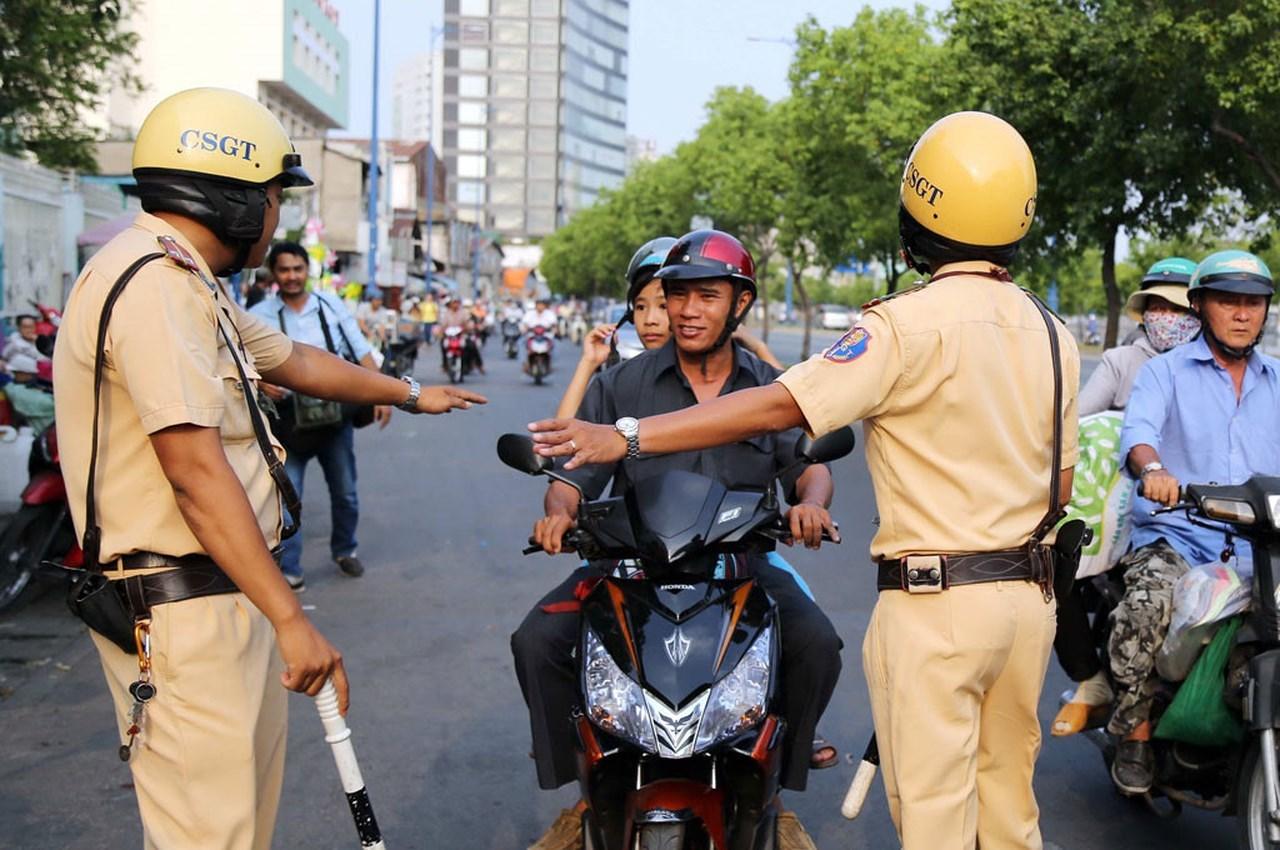 Xử phạt khi cố tình chống đối cảnh sát giao thông