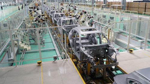 Vận hành nhà máy SX xe du lịch hiện đại nhất ĐNA
