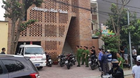 Nữ nhân viên massage ở Đà Nẵng bị cứa cổ vì ghen
