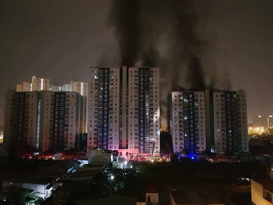 Củng cố hồ sơ khởi tố vụ cháy chung cư Carina 13 người tử vong