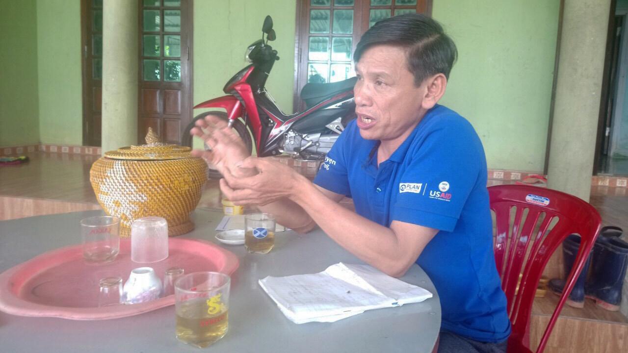 Bò giống 'lạc' vào nhà cán bộ xã ở Quảng Trị: Gầy yếu nên giết thịt
