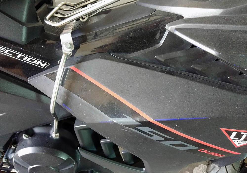 Đại lý Yamaha sơn lại màu xe Exciter bán cho khách với giá cao