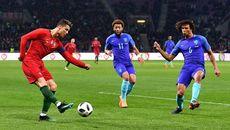 """Ronaldo """"tịt ngòi"""", Bồ Đào Nha thua tan nát Hà Lan"""
