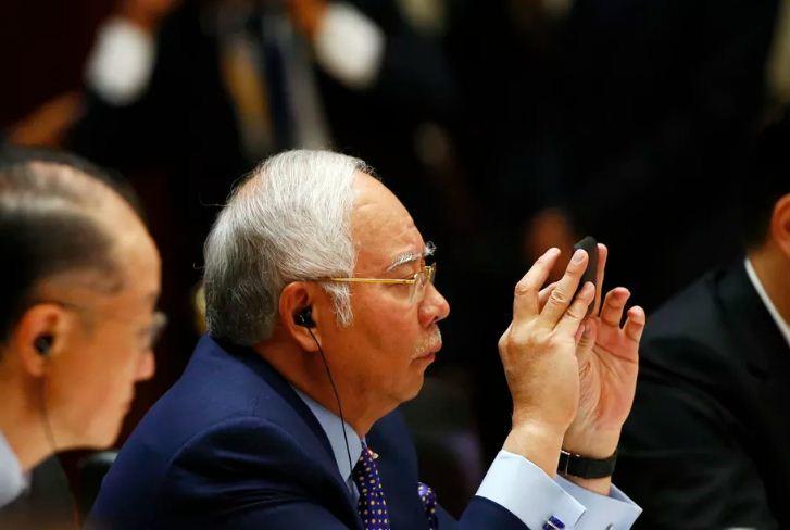 Malaysia: Đăng tin giả mạo bị phạt tù 10 năm, nộp phạt 2 tỷ đồng