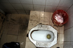 Chấm điểm 29 bệnh viện: Người bệnh hãi nhất nhà vệ sinh