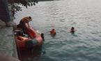 Đôi nam nữ chết trong tư thế ôm nhau dưới lòng hồ