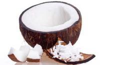 Mẹo gọt dừa tròn vo, trắng bóc của người Thái
