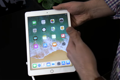 iPad moi