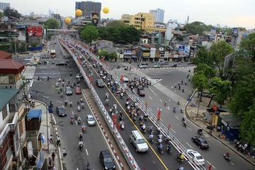 Hà Nội xây cầu vượt tại nút giao Hoàng Quốc Việt - Nguyễn Văn Huyên