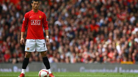Clip những tuyệt phẩm đá phạt của Ronaldo trong màu áo MU