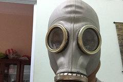 """Sau thảm hoạ cháy chung cư, nhiều người """"đi săn"""" mặt nạ phòng độc của Nga"""