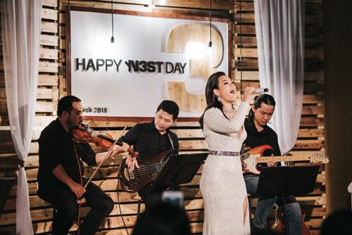 Ấn tượng đêm nhạc mừng sinh nhật nest by AIA