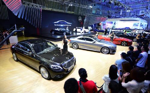 Mercedes-Benz - top 10 nơi làm việc tốt nhất Việt Nam