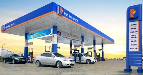 Nhiều ứng dụng công nghệ phục vụ khách mua xăng dầu Petrolimex
