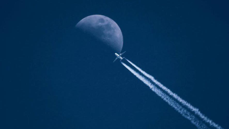Hai phi công chạm trán 'đĩa bay' trên bầu trời Mỹ