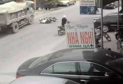 clip tai tải đánh lái