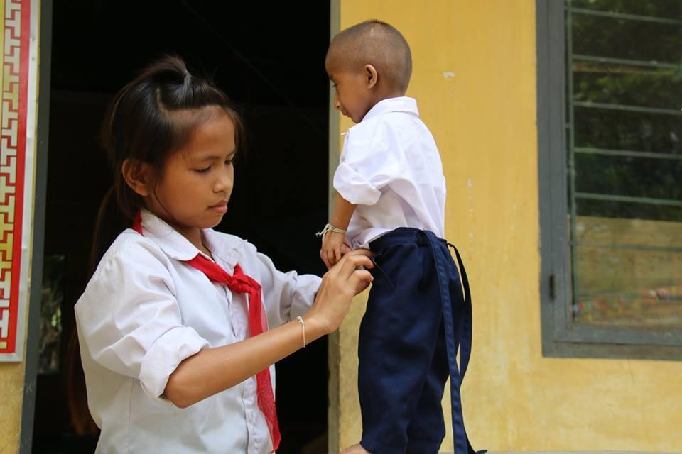 Nhà giáo,Bộ trưởng Phùng Xuân Nhạ