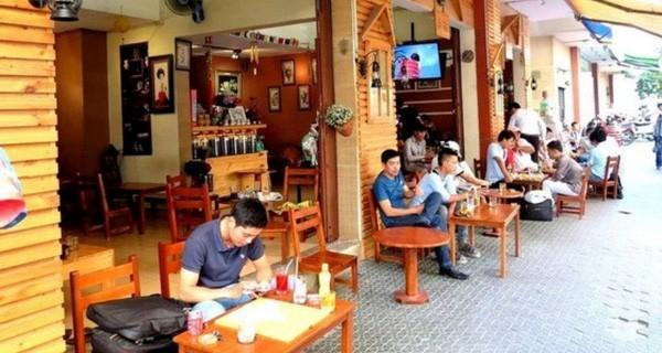 Bị 'ném đá' vì than kinh doanh lỗ do khách ngồi quá lâu, chủ quán cà phê cóc lên tiếng