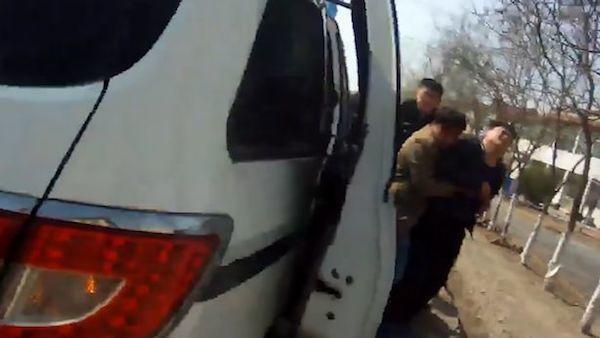 TQ: Gây tai nạn rồi bỏ chạy, tài xế gào khóc khi biết đâm trúng vợ con