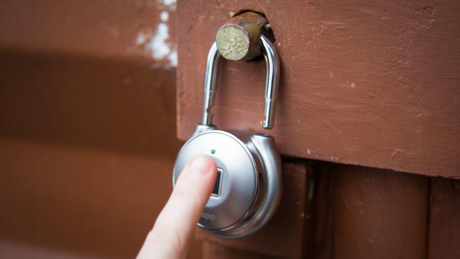 Khoá cửa không cần chìa, mở khoá bằng dấu vân tay