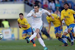 """""""Chấp"""" Ronaldo, Real Madrid vẫn thắng to nhờ Bale"""