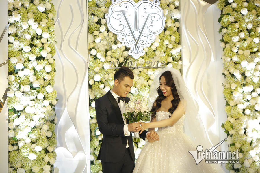 Khắc Việt,đám cưới Khắc Việt