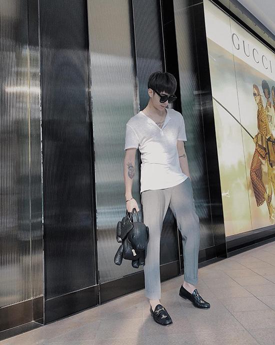 Kỳ Duyên diện cả cây hàng hiệu, Bảo Anh khoe giày 18 triệu