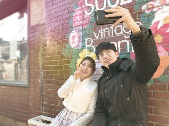 Thuê trai Hàn đi chơi cùng: 2 tiếng mất 850.000 đồng