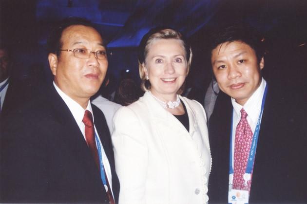 Những cặp vợ chồng đại gia cùng nhau điều hành doanh nghiệp