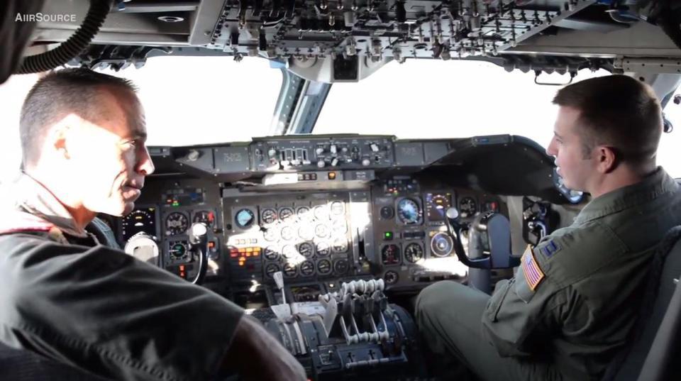 Tin tối mật về máy bay quân sự 'Ngày tận thế' của Mỹ