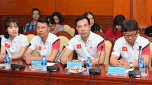 Bắn súng ViệtNamnhận tiền tỷ nhờ Hoàng Xuân Vinh… đẹp trai