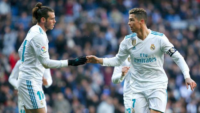 Pep tung đội hình yếu 'thả' MU, Ronaldo đòi gạt Bale và Isco