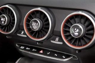 Cách dùng điều hòa ô tô hợp lý, tiết kiệm nhiên liệu?