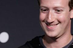 Mark Zuckerberg chê Tim Cook hời hợt