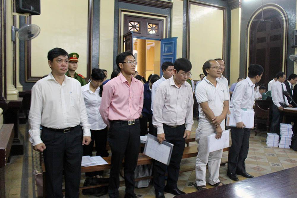 Ngân hàng Quốc Dân 'đòi' 300 triệu trong tài khoản Vietinbank