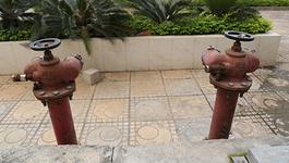 Phê bình Sở Xây dựng Hà Nội vì không lắp trụ nước chữa cháy